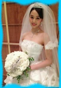 高田有紗のウェディングドレス姿の画像