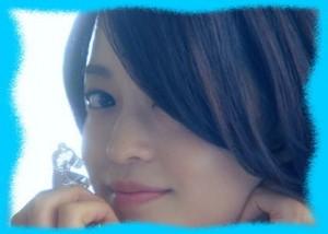 小林涼子のキス画像1