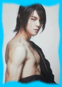 窪田正孝の筋肉の画像