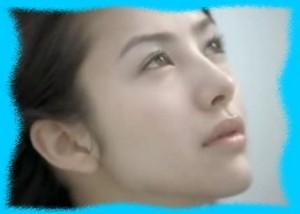 SHISEIDO HAKUのCM画像