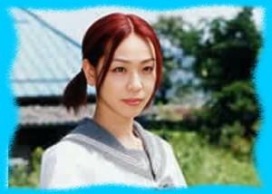 遊井亮子のレッドの画像